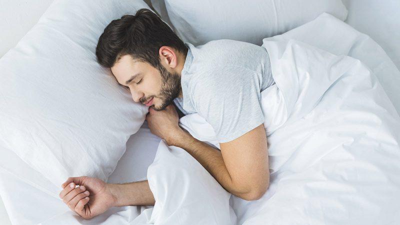 كيف يمكن للروائح تحسين نومك